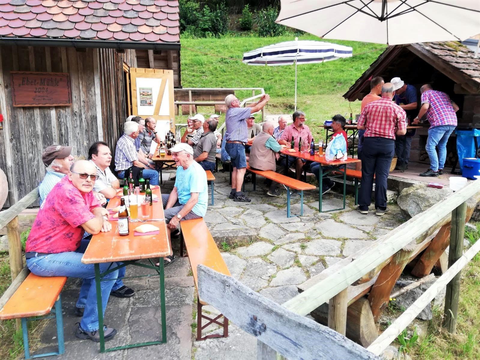 """""""Stammtisch"""" An Der Mühle"""